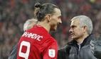 Conte sắp rời Chelsea, Ibrahimovic úp mở gia hạn MU