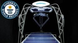 Robot chơi bóng bàn siêu việt ghi sách kỷ lục Guinness