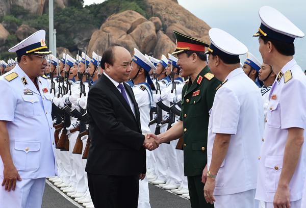 tàu ngầm kilo, Thủ tướng Nguyễn Xuân Phúc, tàu ngầm Kilo lớp 636, tàu ngầm Đà Nẵng, tàu ngầm Bà Rịa-Vũng Tàu,