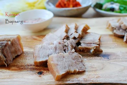 Thịt lợn luộc kiểu này đảm bảo ăn hoài không ngán