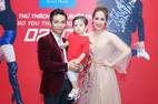 Clip con trai Khánh Thi 'khiêu vũ' cùng mẹ gây sốt