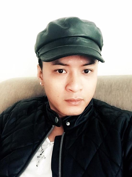 Ca sĩ Isaac phải nhập viện tại Hàn Quốc