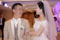 Tuấn Hưng hát trong đám cưới lần 2 của Nguyễn Vĩnh Tiến và vợ 9X