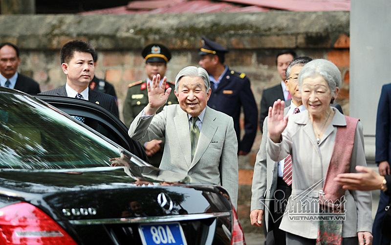 Nhà vua và Hoàng hậu Nhật Bản thăm Văn Miếu
