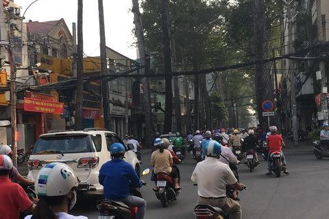 Tỷ phú cay đắng dính bẫy của mỹ nhân Sài Gòn