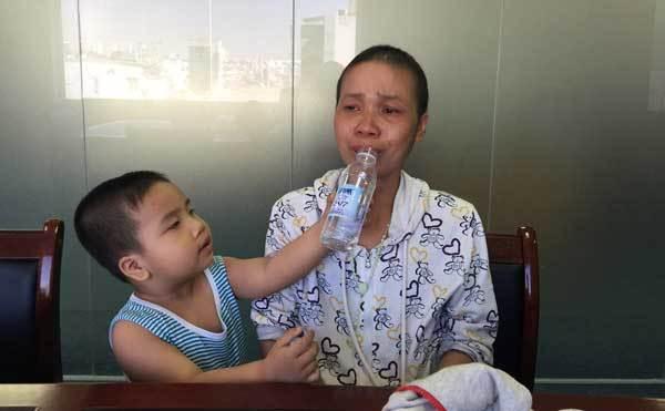 Nỗi cùng cực của bà mẹ đơn thân mắc bệnh ung thư