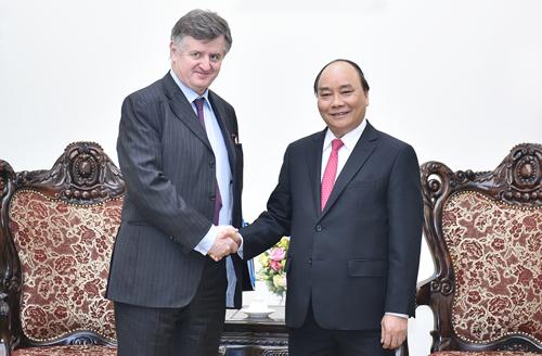 Thủ tướng: Việt Nam chủ trương mở cửa bầu trời