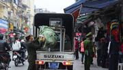 Quận Hoàn Kiếm tung hơn 1.500 người đòi lại vỉa hè