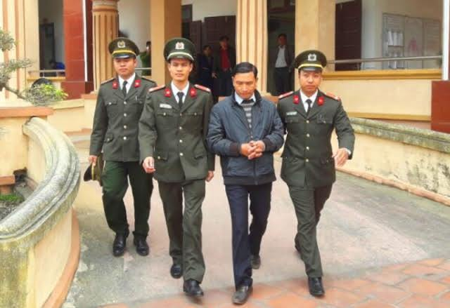vu khống, bôi nhọ lãnh đạo, an ninh điều tra, bị bắt vì vu khống, Quảng Xương, Thanh Hoá, bí thư thị trấn