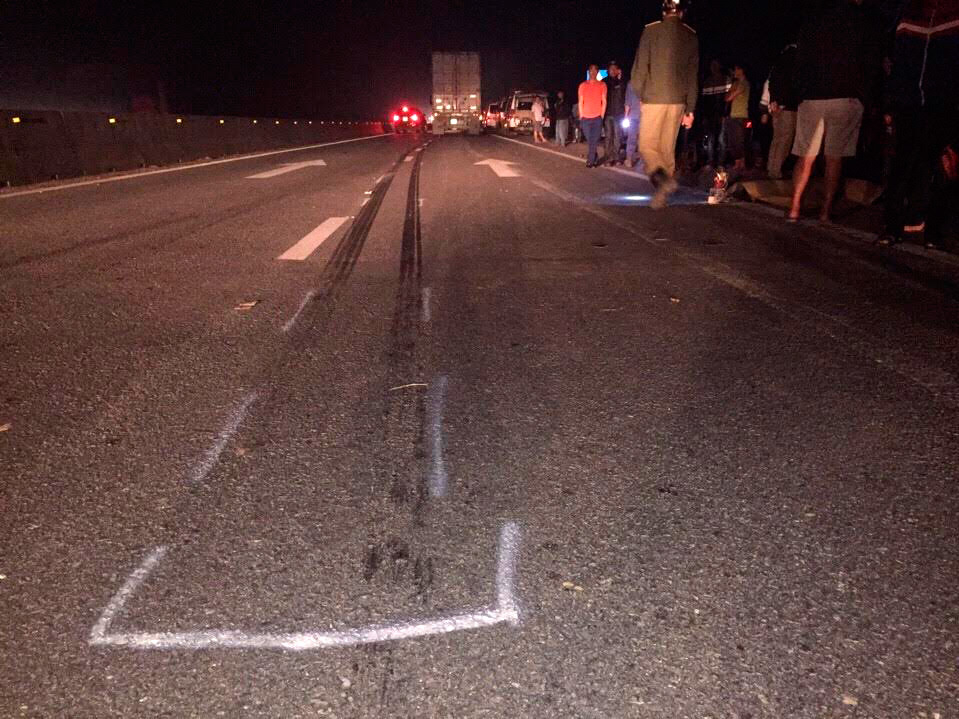Hà Tĩnh: Xe container cán chết 3 nam sinh 17 tuổi