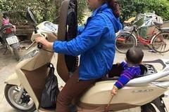 Những kiểu đèo con đi xe máy thí mạng của phụ huynh