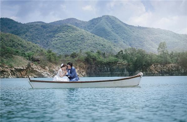 Chân dài Việt đẹp mê ly ở nơi hơn cả Tuyệt Tình Cốc
