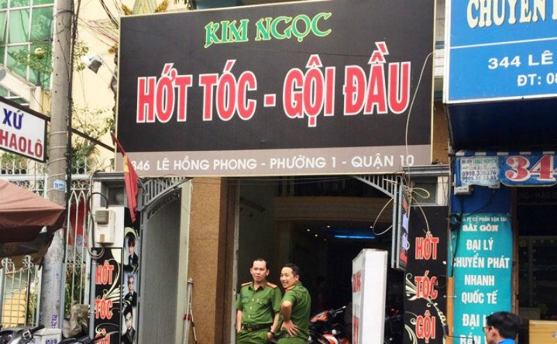 """Tiệm hớt tóc có tiếp viên thoát y """"vui vẻ"""" với khách ở Sài Gòn – VietNamNet"""