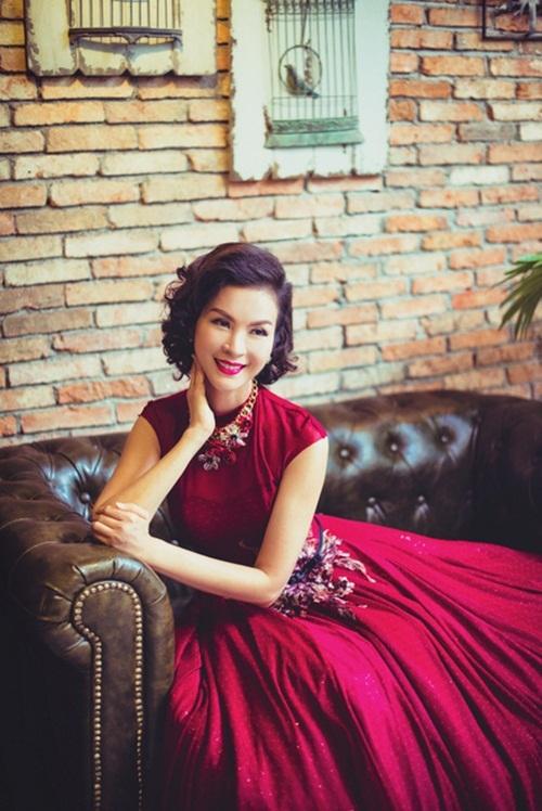 Ngưỡng mộ sự giàu có của MC U50 Thanh Mai