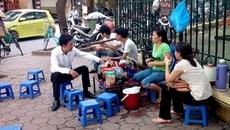 Một quận trung tâm Hà Nội, có 333 điểm bán 'trà đá' vỉa hè