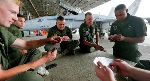 Hàng trăm lính Mỹ dính bê bối ảnh khỏa thân