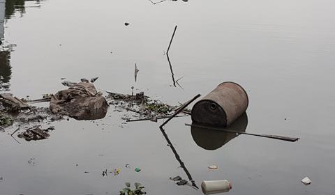 rác hồ tây
