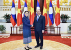 Thủ tướng: VN coi trọng quan hệ đặc biệt với Lào