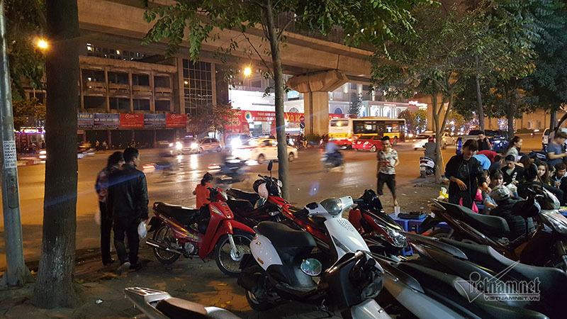 Chủ tịch quận Thanh Xuân gửi thư cho dân không chiếm vỉa hè