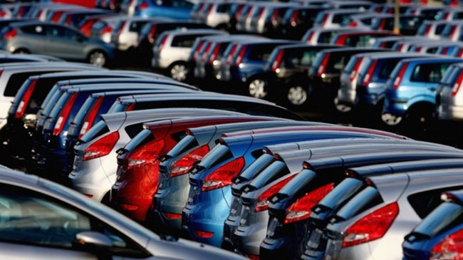 Giảm giá ô tô, ô tô nhập khẩu, ô tô lắp ráp trong nước