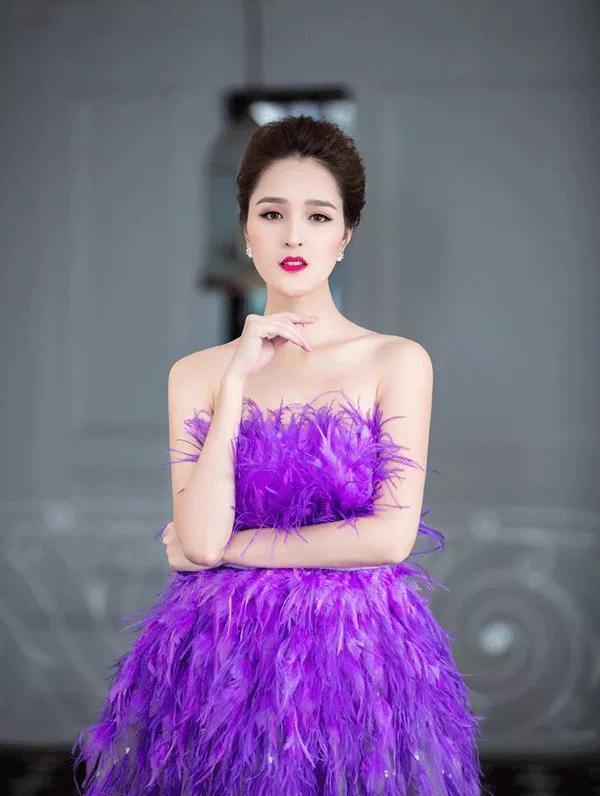 Á hậu, Á hậu Hoàng Anh, sao Việt