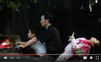 Kiểu chở trẻ em 'thí mạng tử thần' trên xe máy
