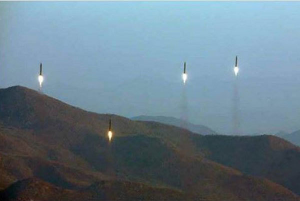 Triều Tiên, diễn tập, phóng tên lửa, tên lửa đạn đạo,kiếm tiền