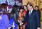Thủ tướng dẫn thơ Macxim Gorki để ngợi ca người phụ nữ