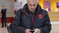 """Tiến thoái lưỡng nan, Mourinho chơi """"canh bạc"""" lớn"""