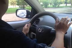 Thiếu phụ giàu có, giả say 'bẫy' tài xế taxi