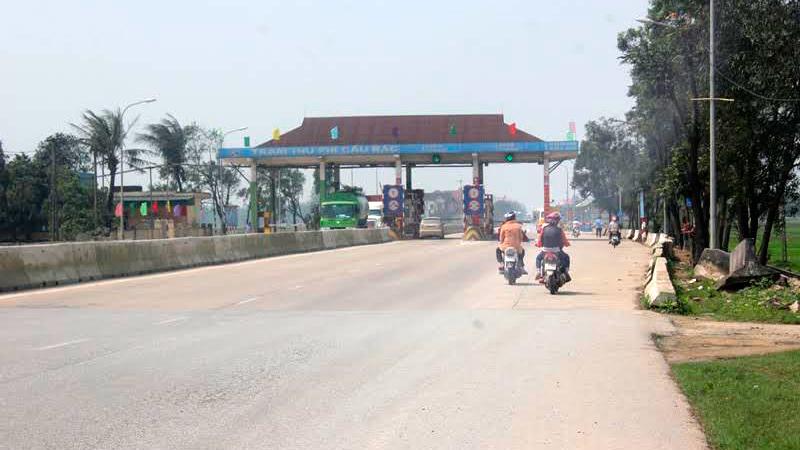 Hà Tĩnh: Không tham gia tuyến BOT vẫn è cổ đóng phí