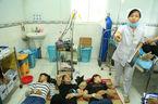 300 công nhân ngộ độc nằm la liệt khắp bệnh viện