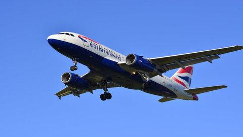 Anh: Chuyến bay bị hoãn 5 tiếng đồng hồ vì thiếu giấy vệ sinh