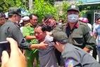 Một trưởng phòng tư pháp bị đâm gục tại cơ quan