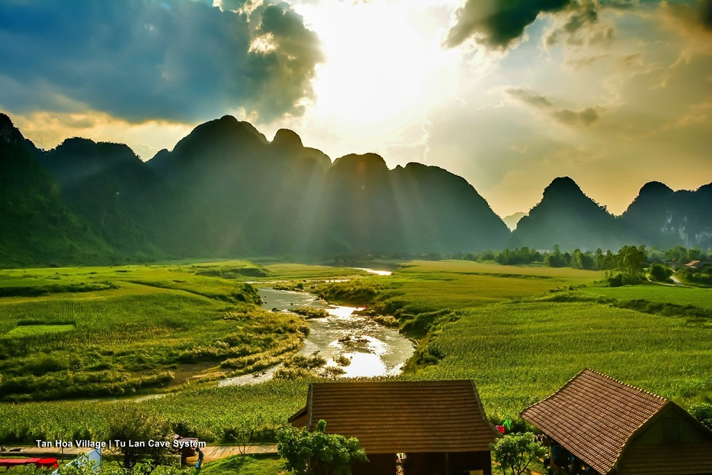 Phim trường tự nhiên, hùng vĩ của Kong: Skull Island ở Quảng Bình