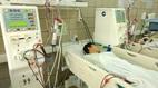 Hà Nội: 7 sinh viên nguy kịch vì uống rượu chứa methanol