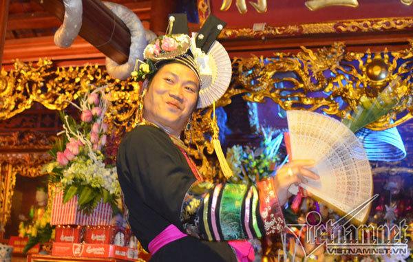 Tổ chức Lễ đón bằng UNESCO về Tín ngưỡng thờ Mẫu của người Việt