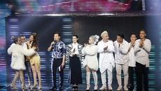 Hương Giang bỏ cả giày hát, quyết hạ 'trò cưng' của Tuấn Hưng