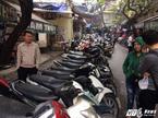Dẹp 'cướp vỉa hè' phố cổ Hà Nội: Gửi xe máy, mất bát phở
