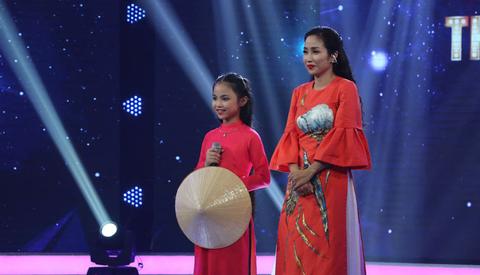 MC Thanh Vân bất ngờ đòi dừng chương trình, dẫn khách mời đi ăn