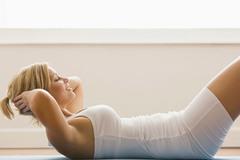 HLV gym: Gần 100% phụ nữ sai lầm, mơ tập bụng để eo thon