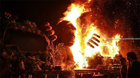 Kong Skull Island gây bão bằng đám cháy lịch sử và kỉ lục doanh thu