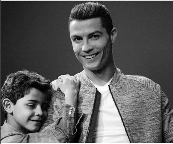 Ronaldo, Cristiano Ronaldo, Real Madrid, bồ Ronaldo, con trai Ronaldo