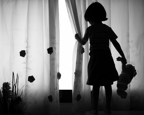 Bảo vệ trẻ khỏi nạn ấu dâm bằng 'quy tắc đồ lót'