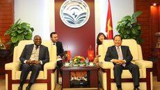 Việt Nam sẵn sàng hợp tác và hỗ trợ Angola về CNTT, viễn thông