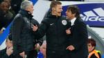 """Conte nổi điên lao vào """"chiến"""" với Mourinho"""