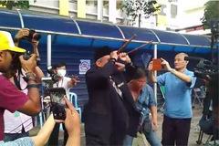 Pháp sư Malaysia lập đàn gần nơi đặt thi thể Kim Chol