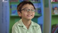 Nam sinh gốc Việt gây bất ngờ trên truyền hình Australia