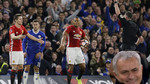 Mourinho phì cười vì chiếc thẻ đỏ của Herrera