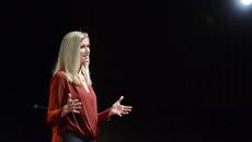 Bài thuyết trình của nữ giảng viên từng bị xâm hại tình dục